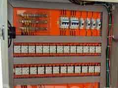 Instalação e montagem de quadros elétricos